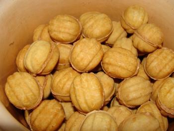рецепт орешки со сгущенкой рецепт как в детстве со сгущенкой